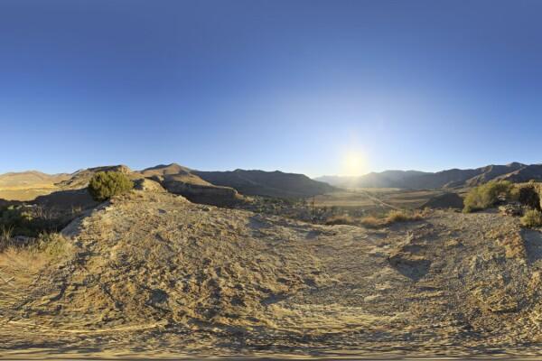 تصاویر HDRI کوهستان و آسمان روز عکس اصلی