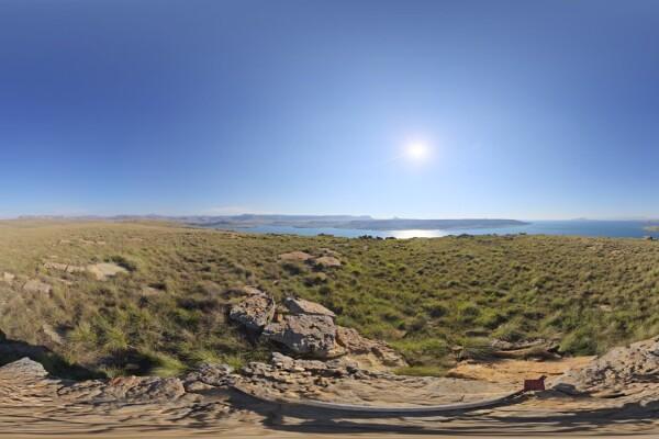 فایل HDRI طبیعت دریاچه و آسمان صاف عکس اصلی