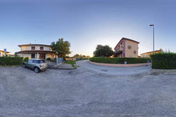 فایل HDRI خارجی منطقه پارکینگ حومه شهر عکس اصلی